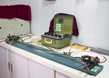 02导体电阻测试仪.jpg